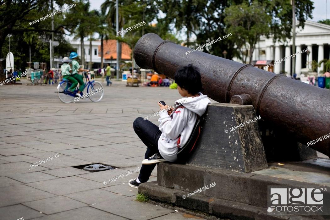 Stock Photo: People enjoying at old city Batavia Jakarta, Indonesia October 2010.
