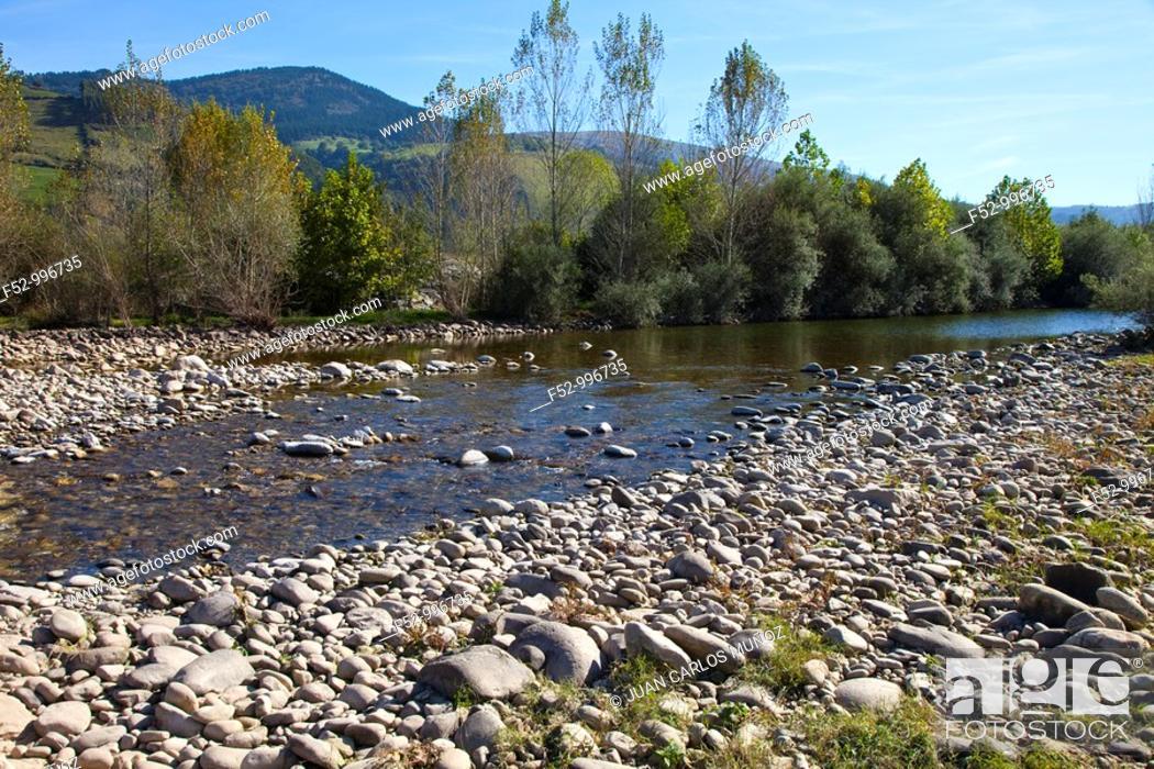 Stock Photo: Pas river. Ontaneda. Toranzo. Cantabria. Spain.