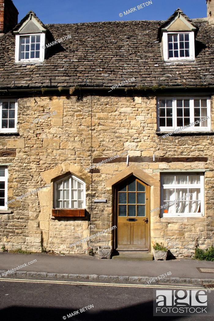 Stock Photo: Terraced Cottage Burford Oxfordshire.