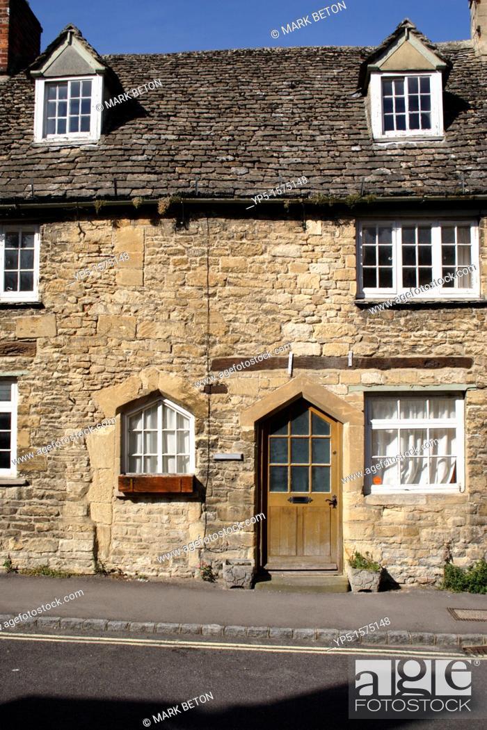 Stock Photo: Terraced Cottage Burford Oxfordshire.