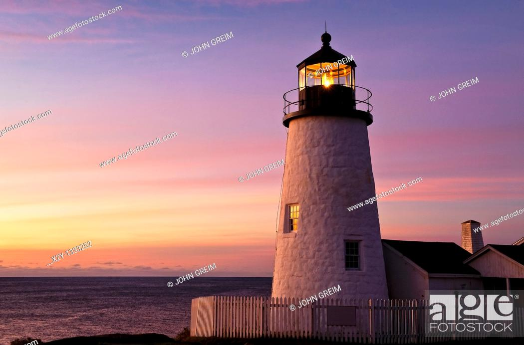 Stock Photo: Pemaquid Point Light Station, Muscongus Bay, Bristol, Maine, USA  1827.