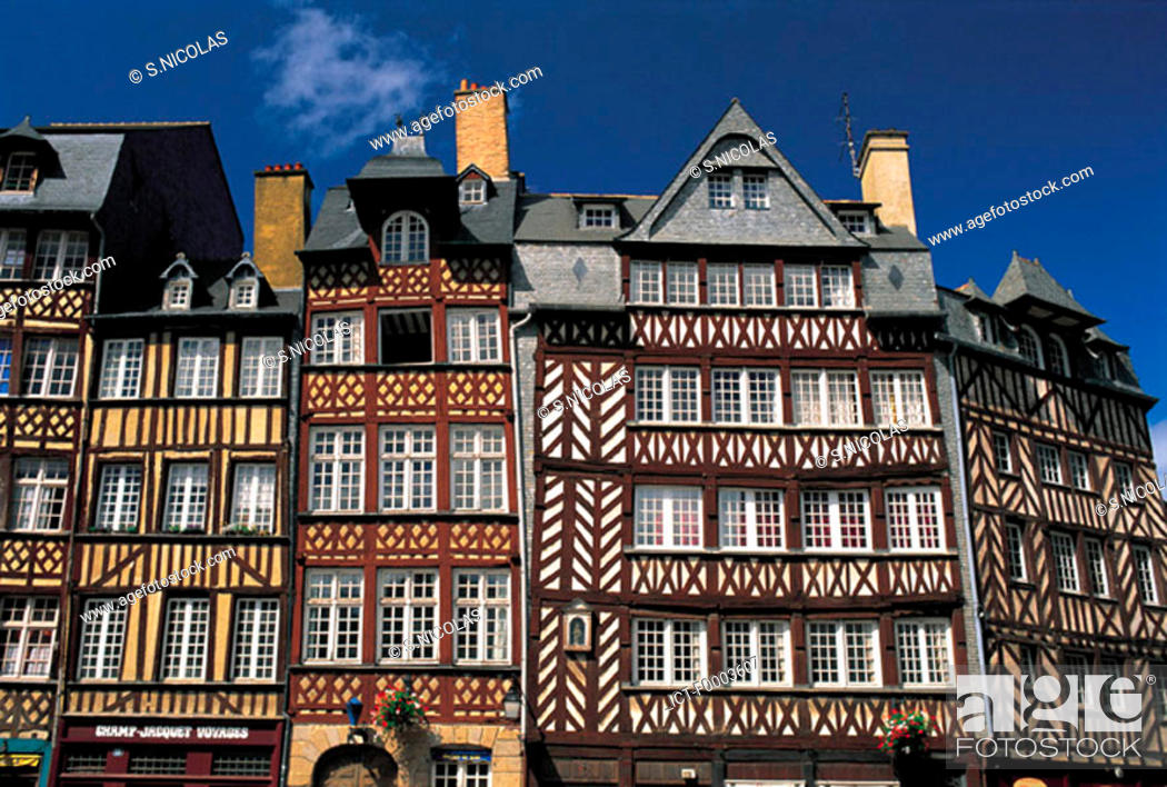 Stock Photo: France, Brittany, Rennes, Champ-Jacquet square.