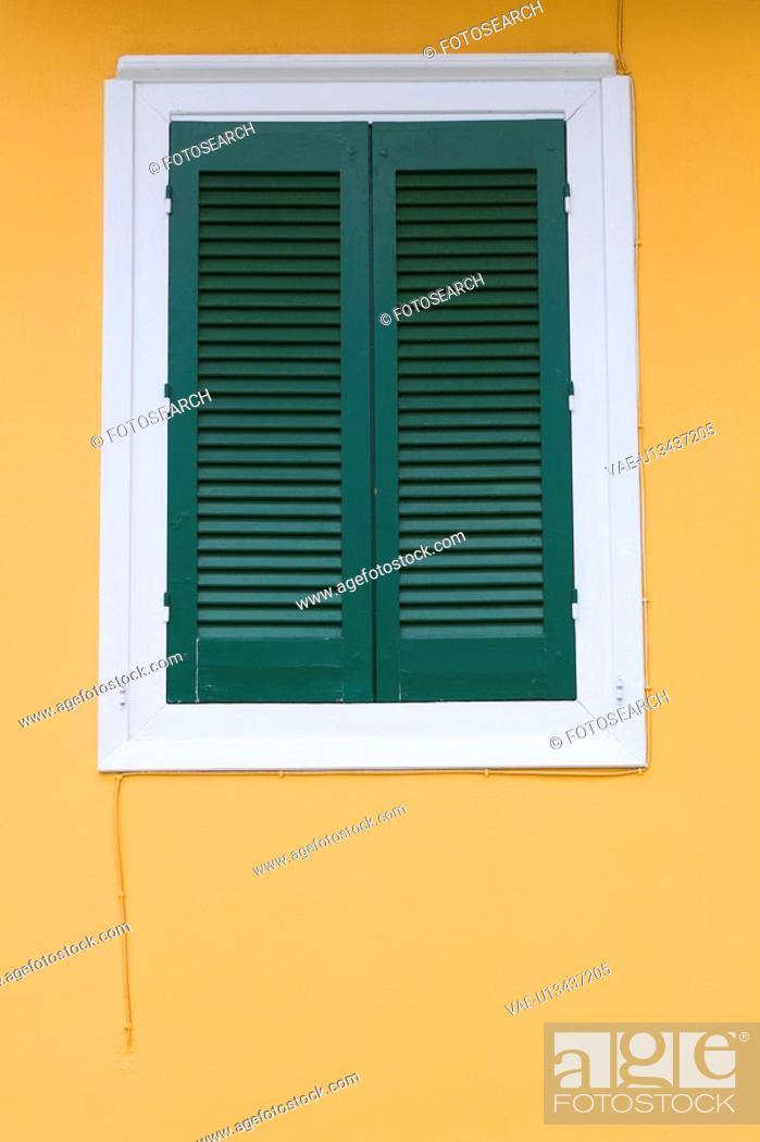 Stock Photo: Building, Day, Edifice, Exterior, Frame.