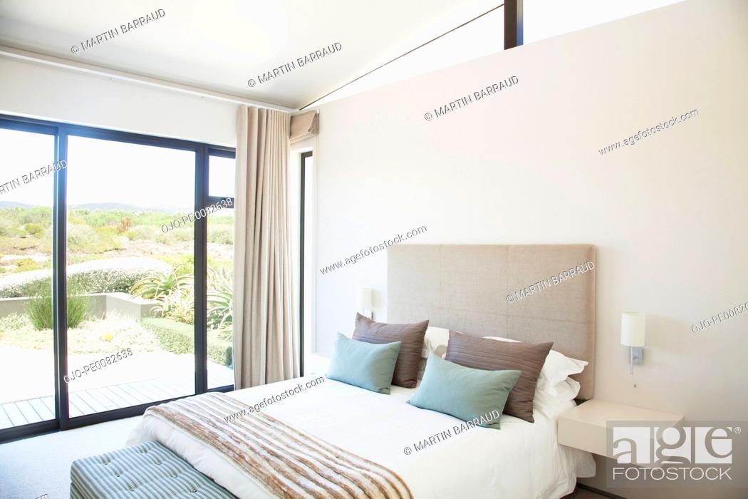 Stock Photo: Modern bedroom.