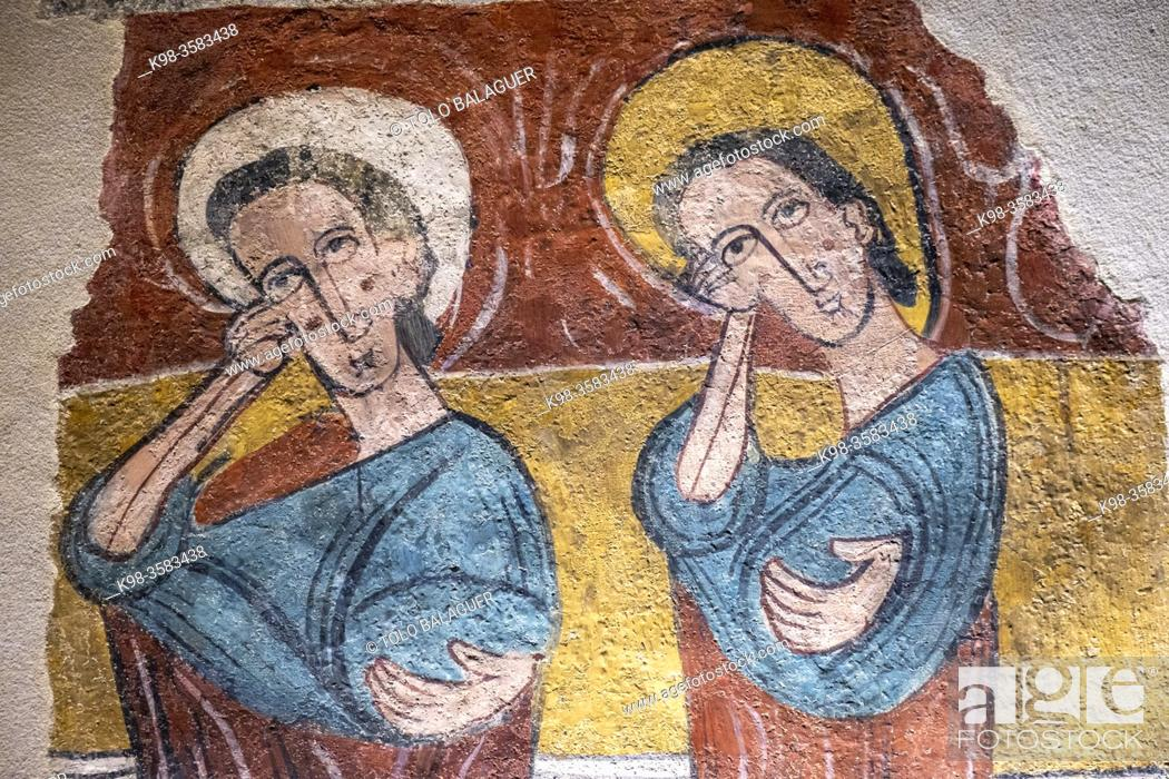 Photo de stock: Susin wall paintings, 12th century, fresco torn off and transferred to canvas, come from the church of Santa Eulalia de Merida in Susin, Diocesan Museum of Jaca.