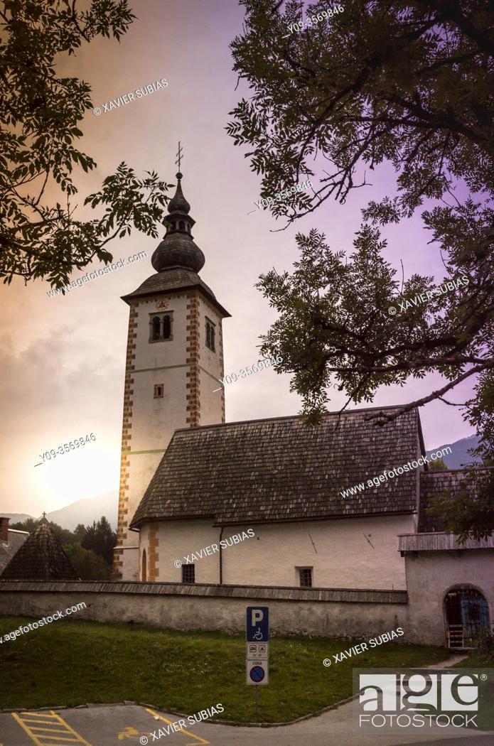 Imagen: St. John the Baptist's Church, Lake Bohinj, Municipality of Bohinj, Triglav National Park, Slovenia.