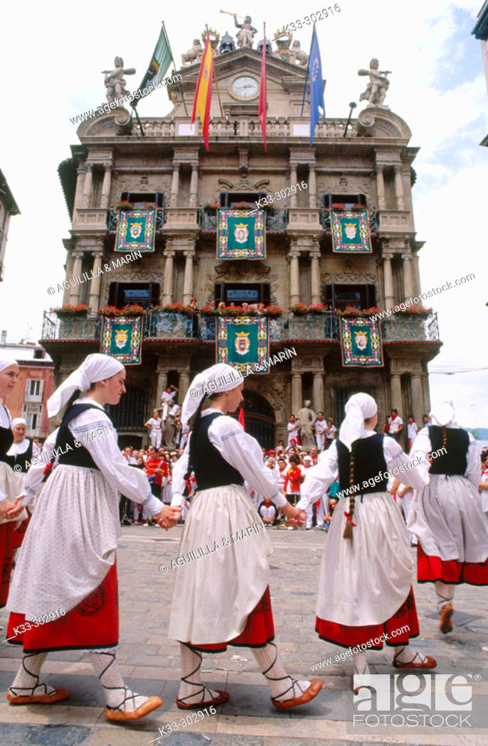 Stock Photo: Traditional costumes. San Fermin. Pamplona. Navarre. Spain.