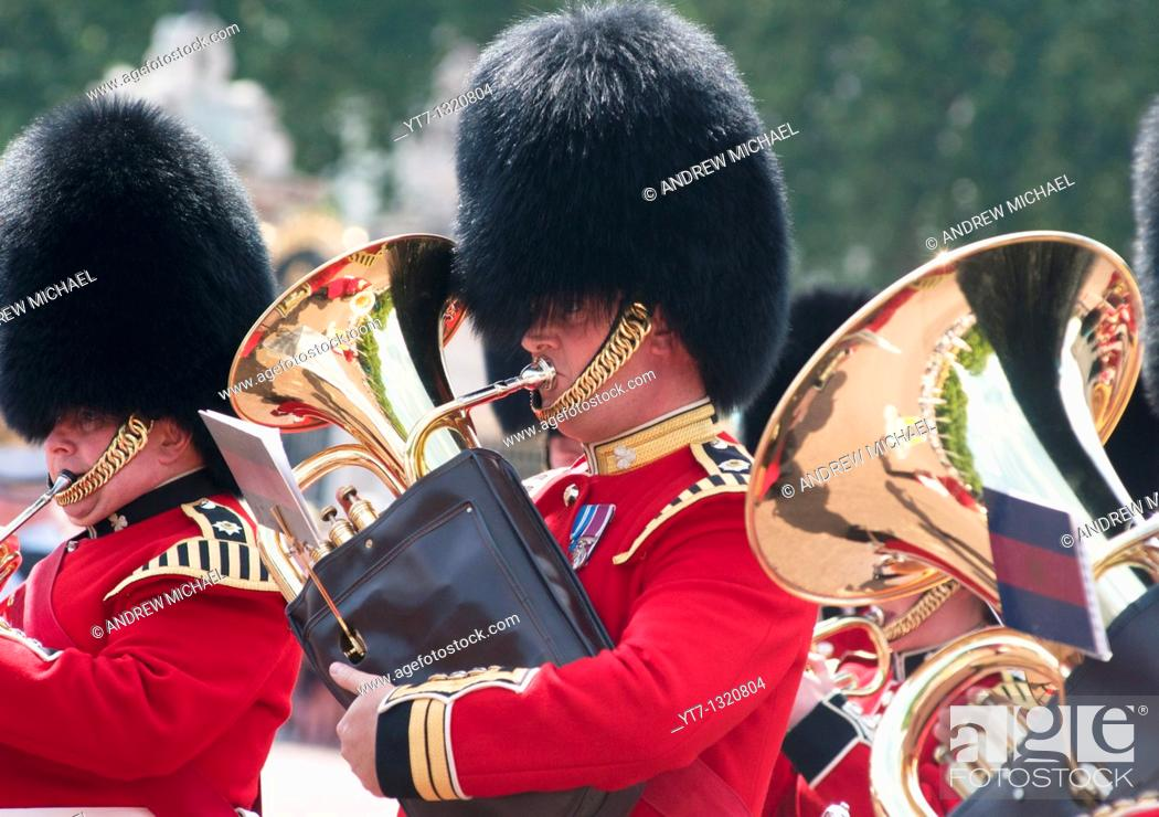 Stock Photo: Queens guards band during the 'Changing of the guard', London.