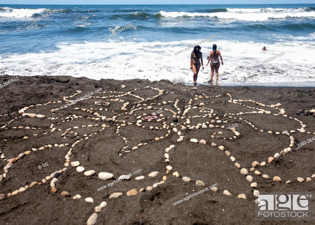 Stock Photo: Guatemala, Puerto San Jose, Sea shell mandala.