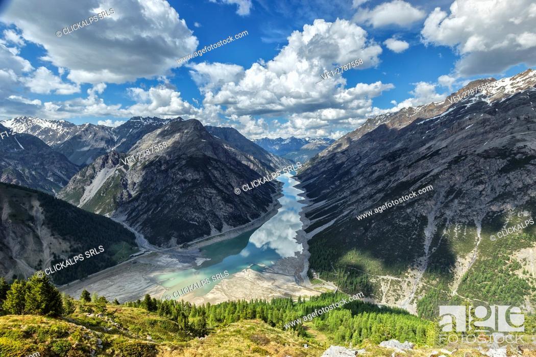 Photo de stock: Gallo lake in Livigno, province of Sondrio, Lombardy, Italy.