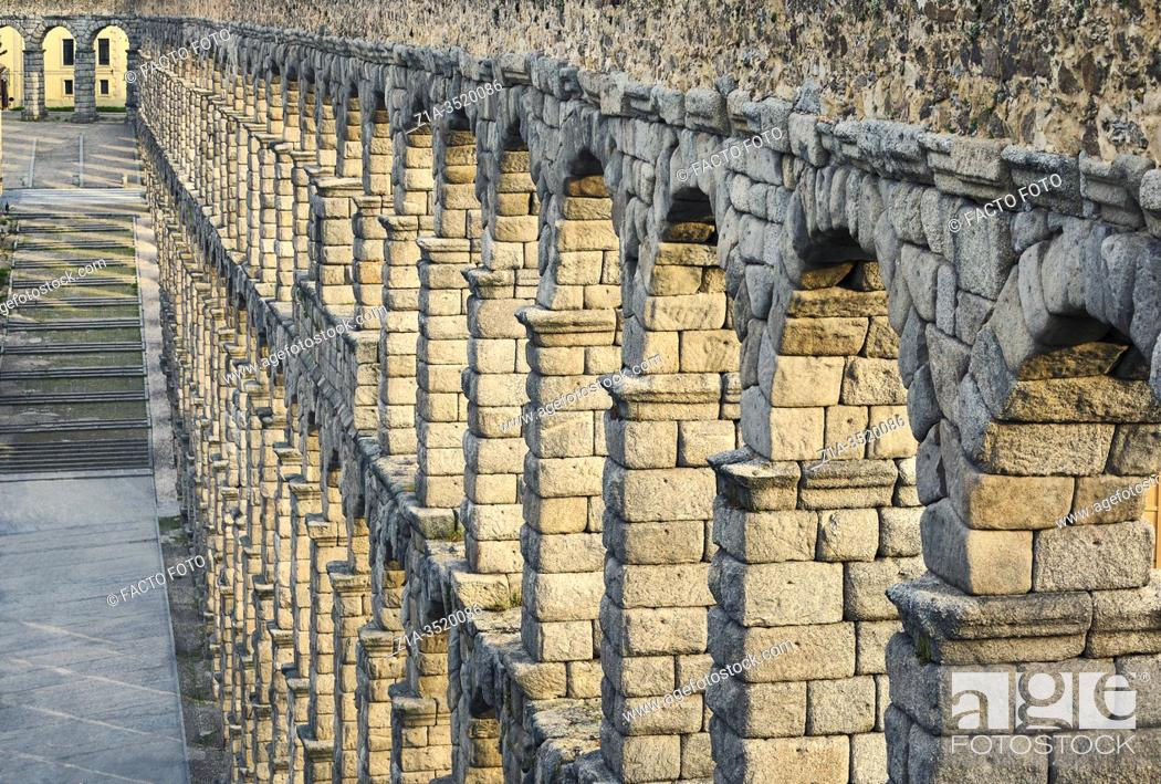 Imagen: Detail of the Roman aqueduct. UNESCO World Heritage Site. Segovia. Castile and Leon. Spain.