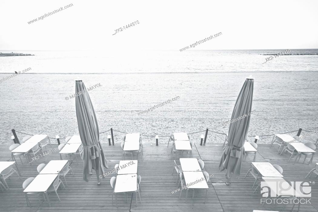 Stock Photo: terraza de un bar solitario, Barceloneta, Barcelona.