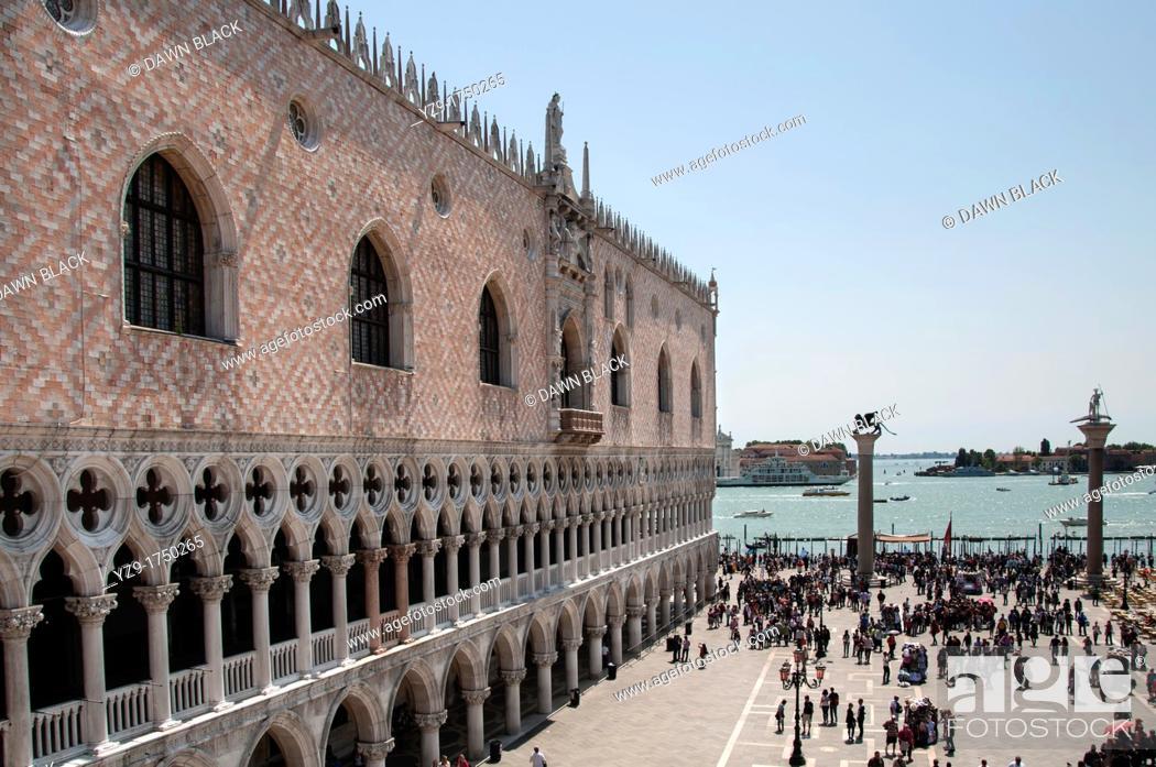 Stock Photo: Doge's Palace, Piazzetta, Venice, Italy.