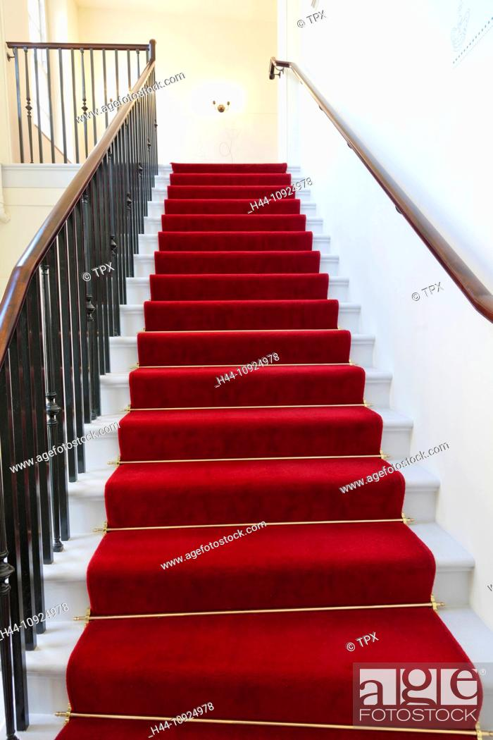 Stock Photo: UK, United Kingdom, Great Britain, Britain, England, London, Kensington, Kensington Palace, Palace, Palaces, Interior, Stairs, Staircase, Red Carpet, Carpet.