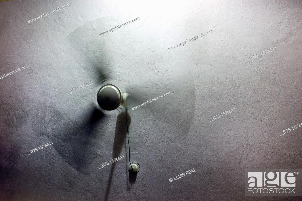 Stock Photo: Fan, Ceiling, movement, India, Asia.