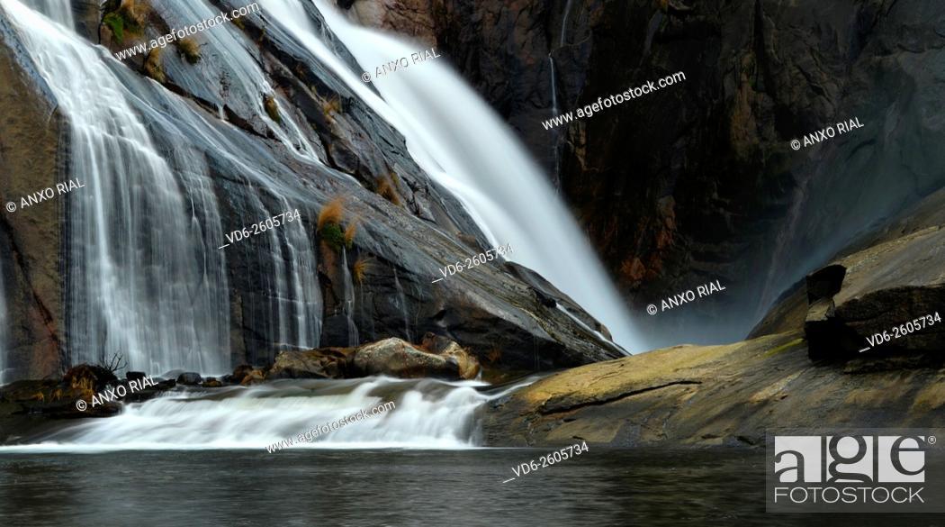 Stock Photo: Spain. Galicia. A Corunna. Waterfall of the river Xallas. Monte Pindo. Rias Baixas.