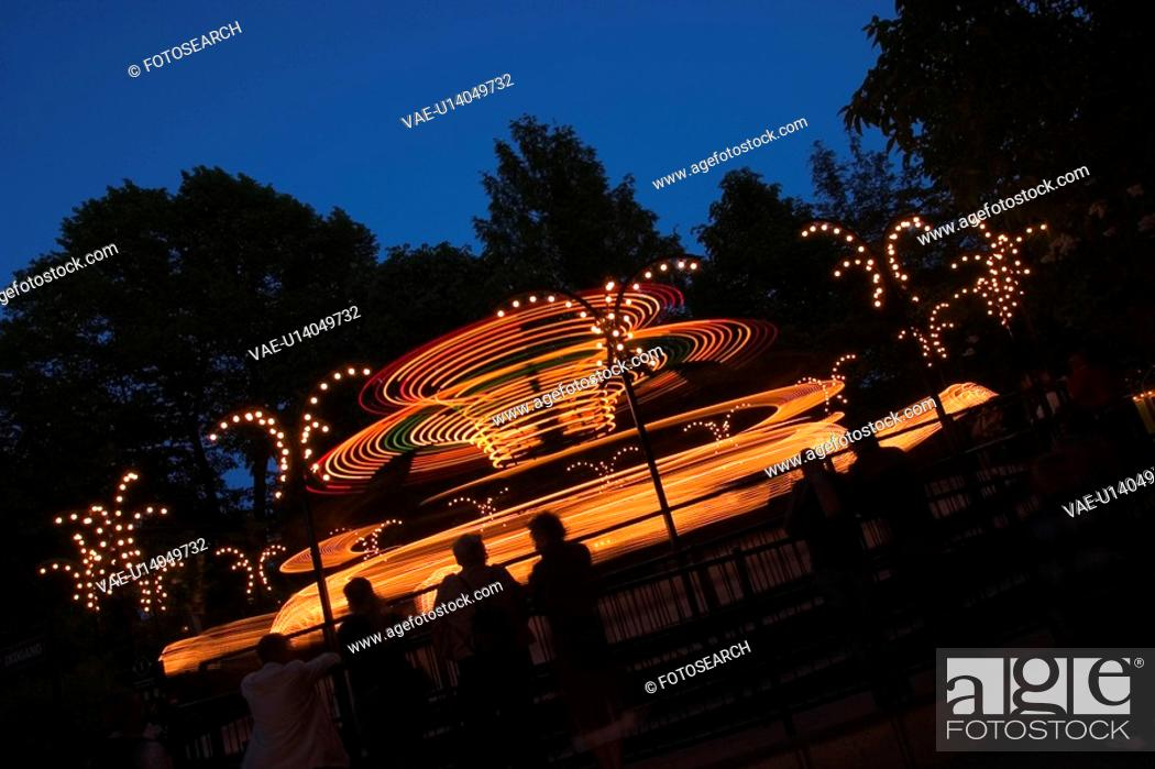 Stock Photo: Outdoors, Glow, Night.