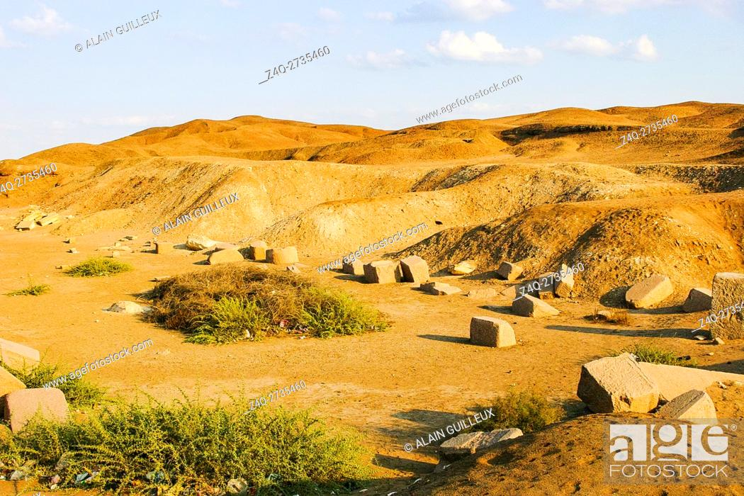 Stock Photo: Egypt, Nile Delta, Tanis, exhibition of several ancient artifacts, between the east temple and the Mut temple.