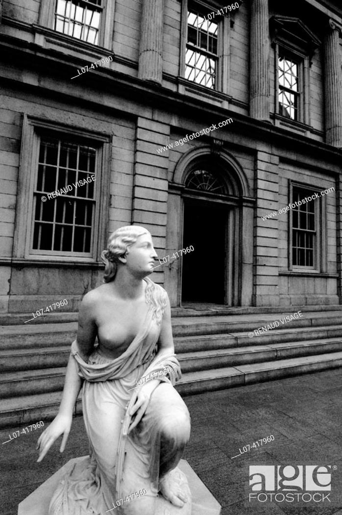 Stock Photo: Statue in the American Wing of the Metropolitan Museum of Art. New York City. New York. United States.