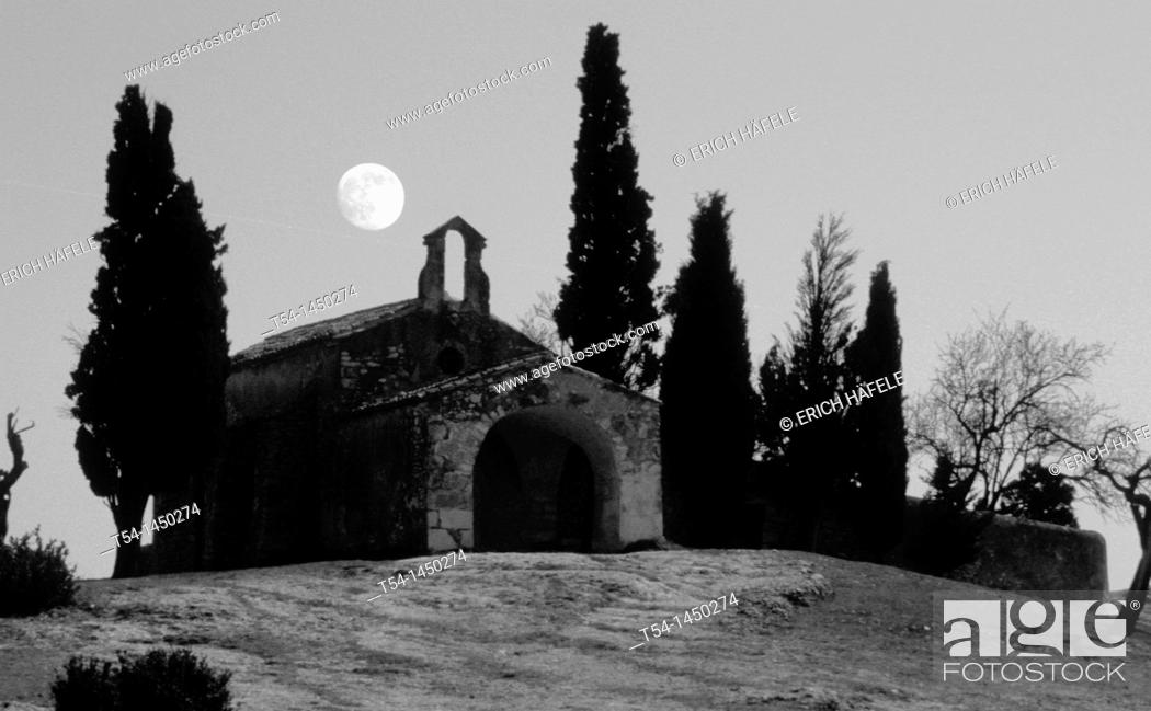Stock Photo: Old Chapel in South France in a Fullmoon night.