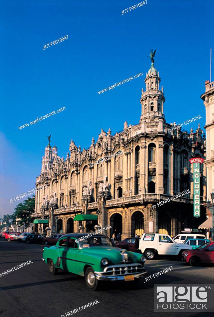Stock Photo: La Havana, Opera house, old american cars.