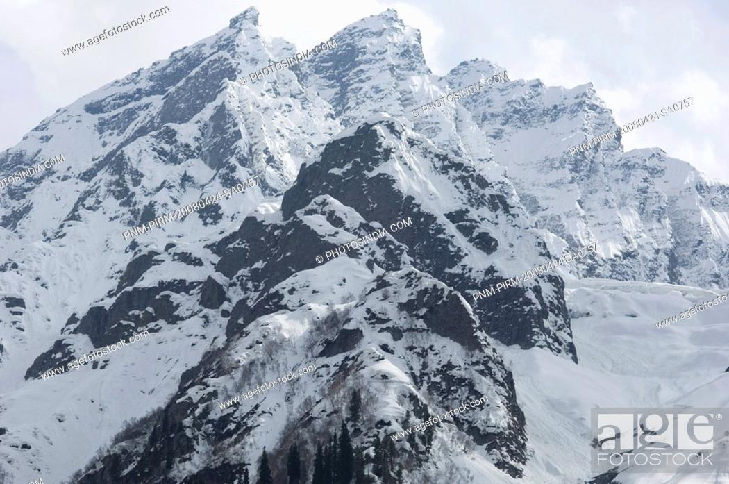 Stock Photo: Low angle view of snowcapped mountains, Thajiwas Glacier, Sonmarg, Jammu And Kashmir, India.