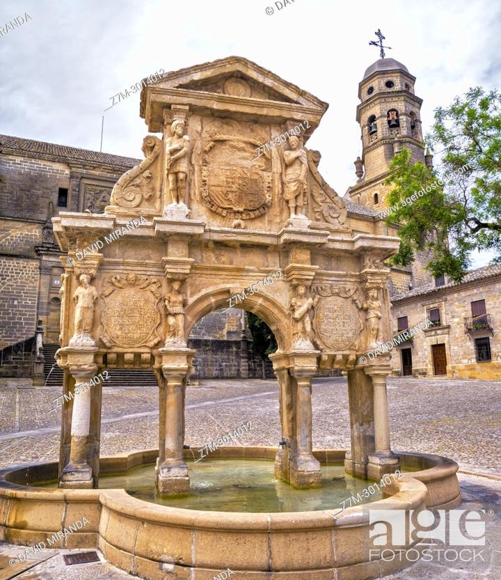 Imagen: Santa Maria Fountain (with the shape of a Roman Triumphal Arch) and Cathedral in background. Baeza. Jaen Province. Andalusia. Spain.