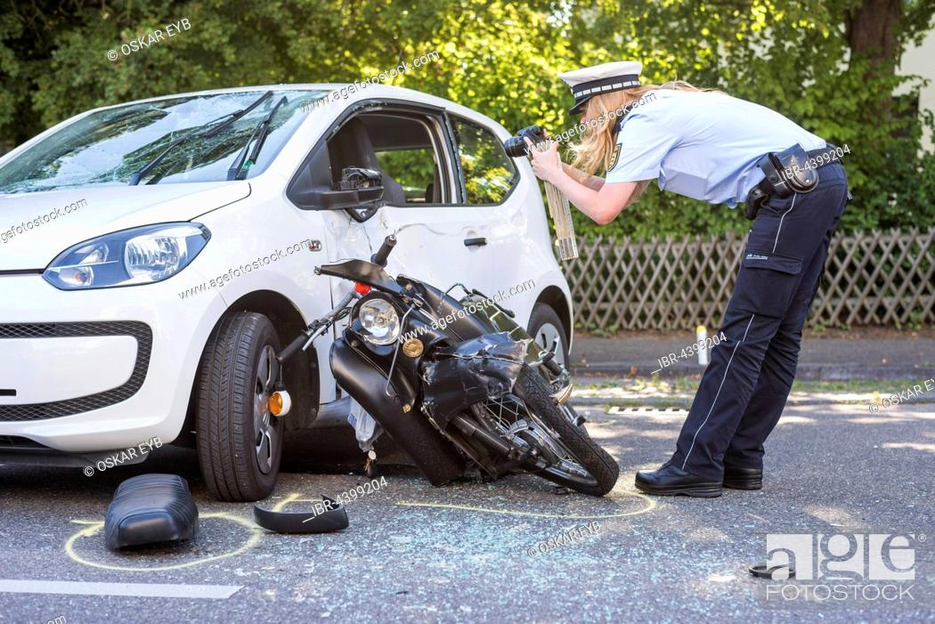 Heavy road accident, Simson scooter crashing in car