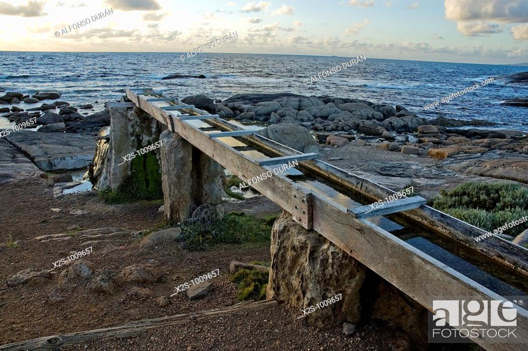Stock Photo: Old wooden waterwheel, Cape Leeuwin, Augusta, Western Australia, Australia.