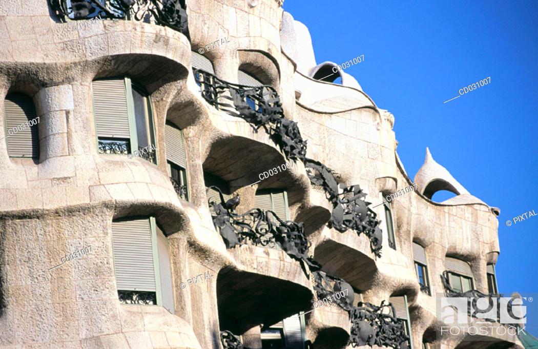 Stock Photo: Detail fo the facade of Milà House, aka 'La Pedrera' (Gaudí, 1906-1912). Barcelona. Spain.