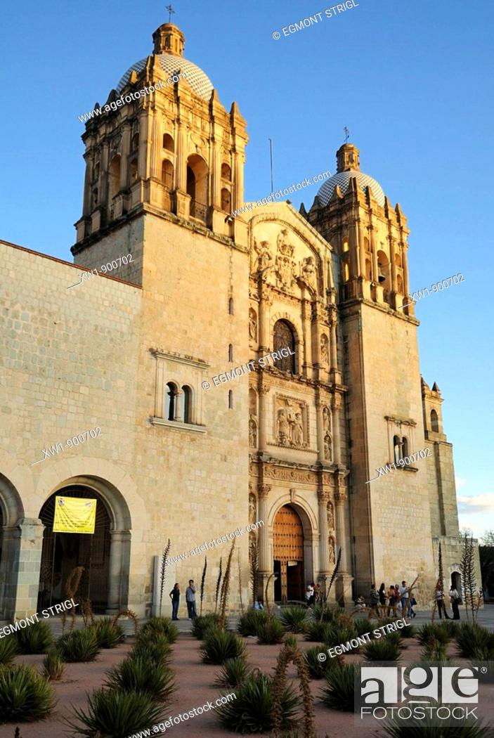 Imagen: Santo Domingo church in the colonial oldtown of Oaxaca, UNESCO World Heritage Site, Mexico, Central America.