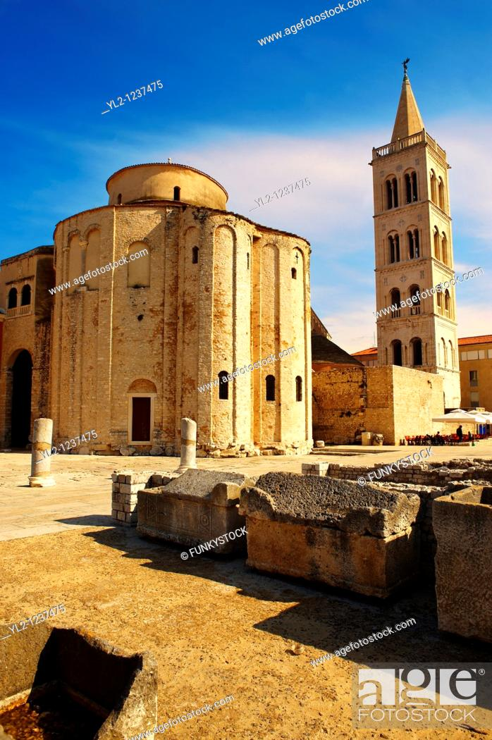 Stock Photo: Pre-Romanesque Byzantine St Donat's Church & campanile bell tower of the St Anastasia Cathedral, Zadar, Croatia.