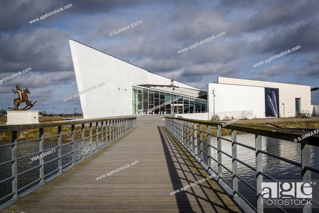 Arken Museum Of Modern Art Main Facade And Entrance