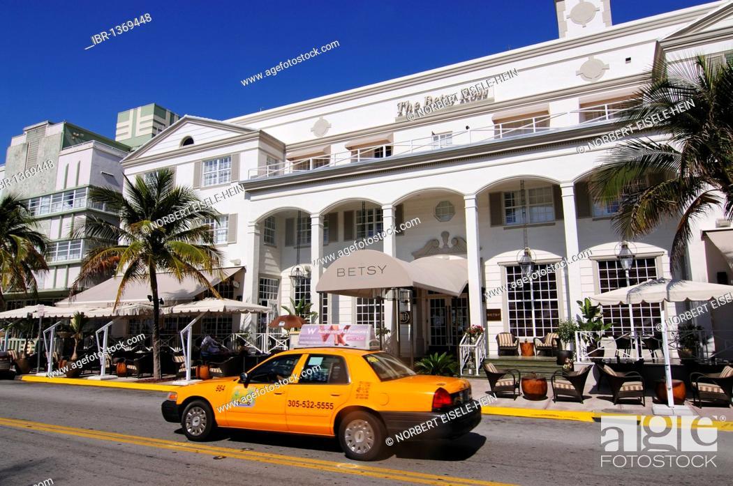 Stock Photo: Betsy Ross Hotel, Ocean Drive, Miami South Beach, Art Deco district, Florida, USA.