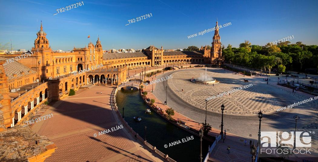 Stock Photo: Overview of Spain Seville Square, the architect Anibal Gonzalez Andalucia, Spain, Europe Iberoamericana Heritage Exhibition 1929.
