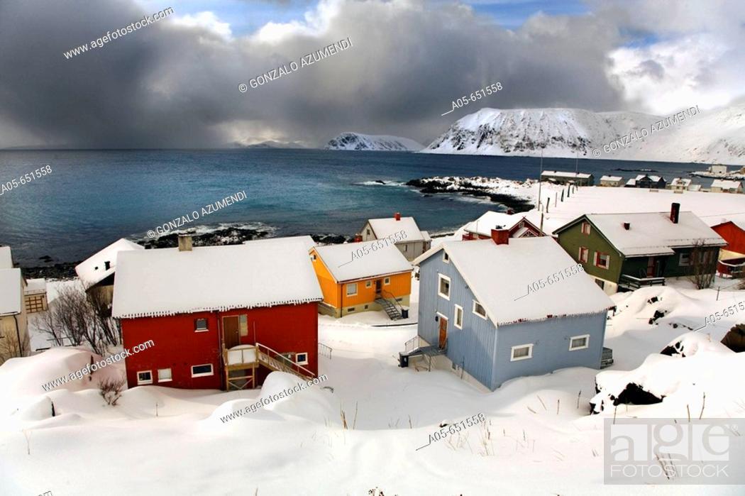 Stock Photo: Honningsvag. Puerta a Nordkapp (Cabo Norte). Finnmark. Lapland. Norway.