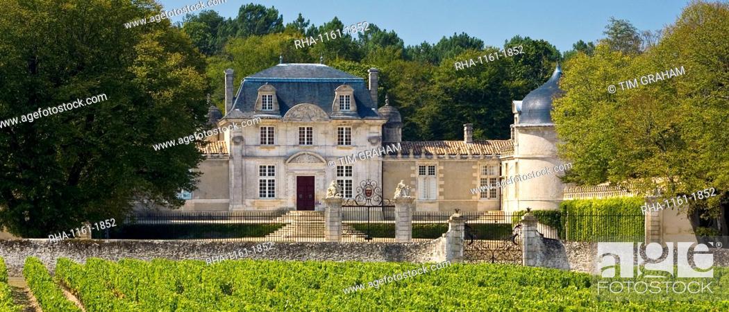 Stock Photo: Chateau de Malle,Preignac, inSauternes regionof France.