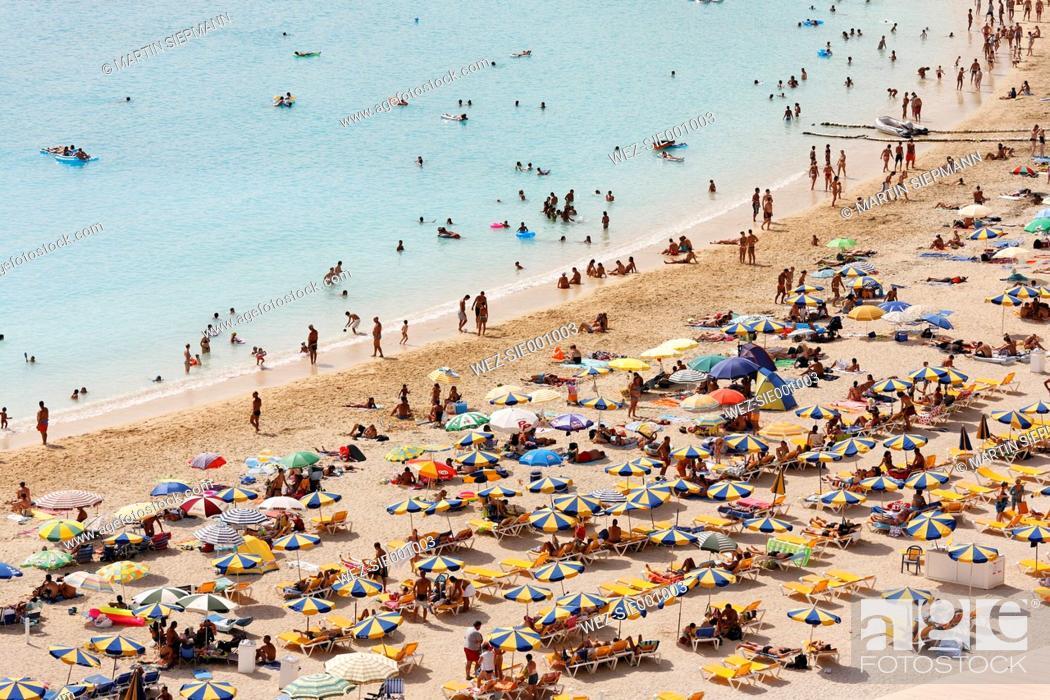 Stock Photo: Spain, Gran Canaria, Tourist on beach.