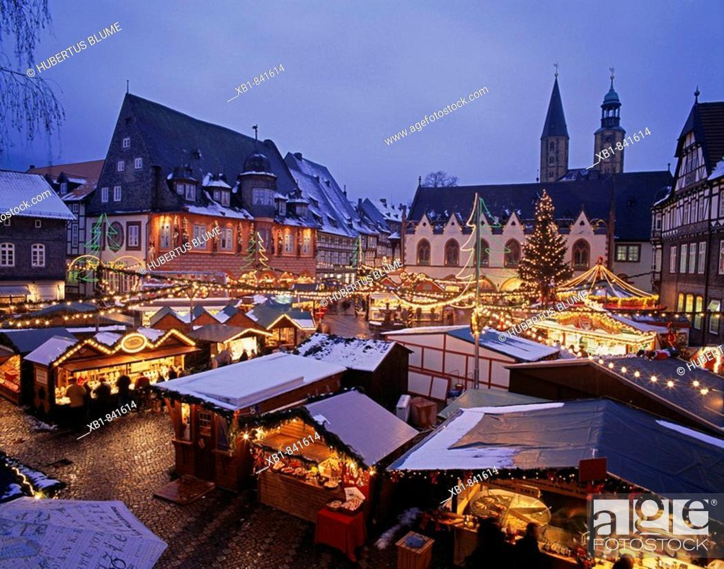 Goslar Christmas Market 2021 Christmas Market At Market Place With Kaiserworth Hotel Goslar Harz Lower Saxony Germany Stock Photo Picture And Rights Managed Image Pic Xb1 841614 Agefotostock