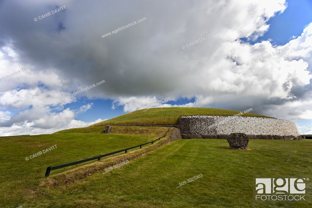 Stock Photo: The UNESCO World Heritage Site Neolithic, Bru na Boinne complex, Newgrange Passage Tomb Monument, in the Boyne Valley, Slane, Co.