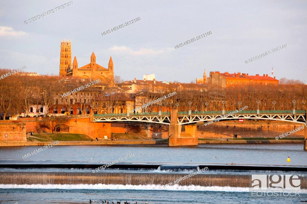 Imagen: France, Haute Garonne, Toulouse, Jacobins church and Saint Pierre bridge.