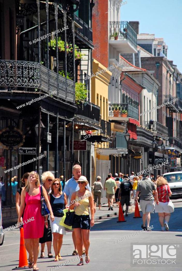 Stock Photo: Tourists in Royal Street, French Quarter, New Orleans, Louisiana, USA.