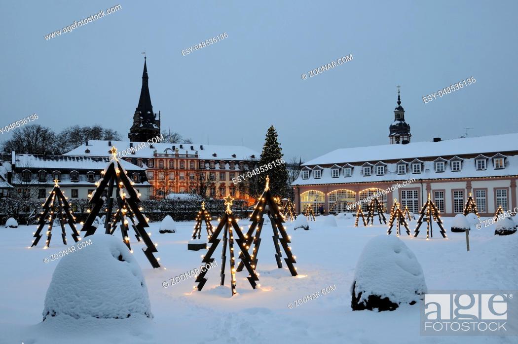 Stock Photo: Weihnachten, Erbach, Odenwald, lustgarten, schloss, orangerie, weihnachtsbeleuchtung, beleuchtung, weihnachtsbaum, weihnachtsbäume, deko, schnee, winter.