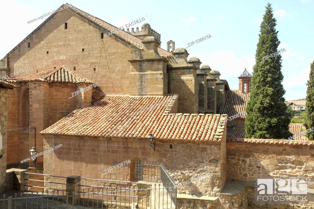 Stock Photo: Ex collegiate church, Mora de Rubielos village, Teruel, Spain.