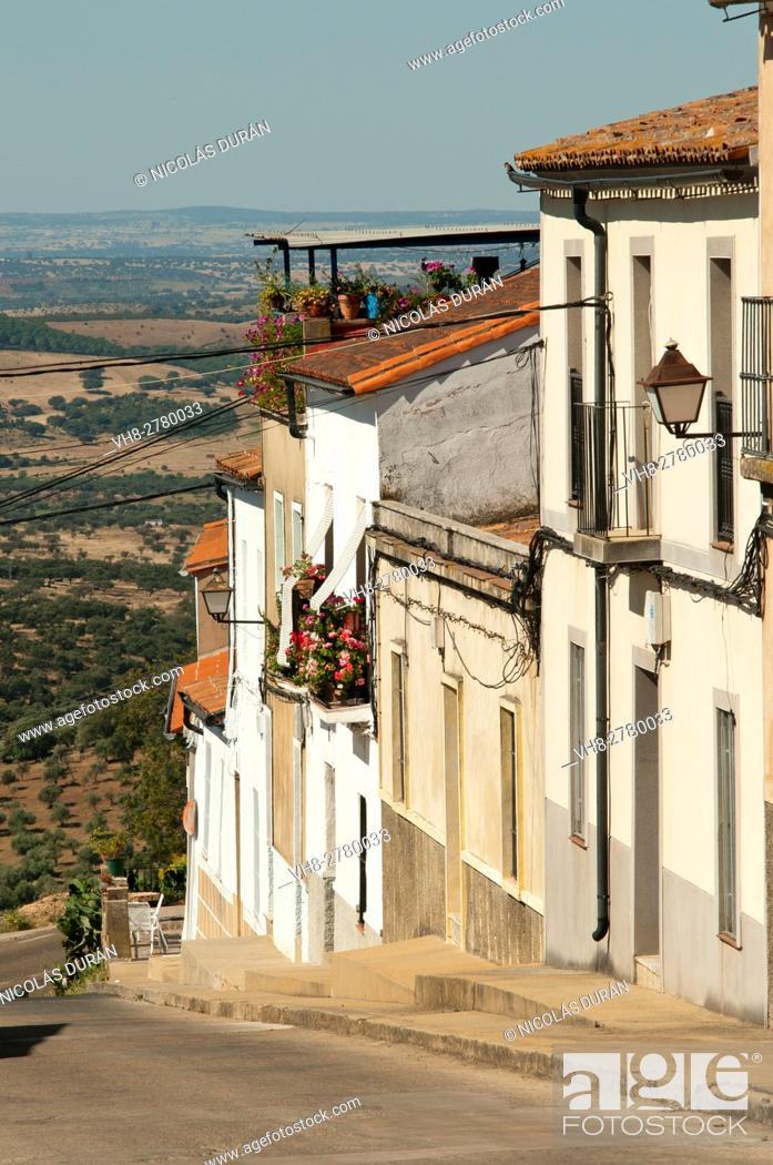 Stock Photo: Tipical street in Alburquerque village, Badajoz Province, Extremadura, Spain.