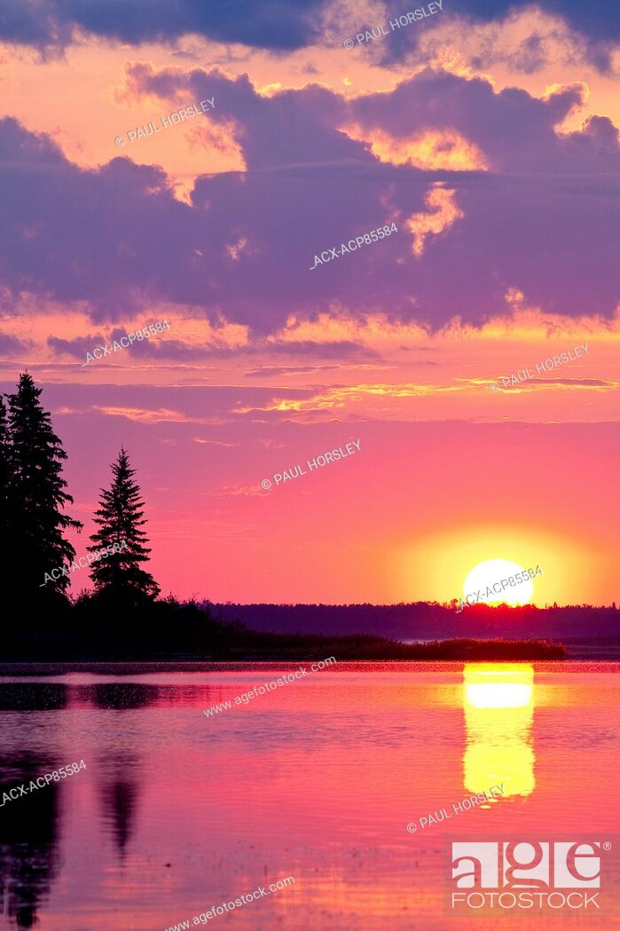 Stock Photo: Astotin Lake at sunset Elk Island National Park, Alberta, Canada.