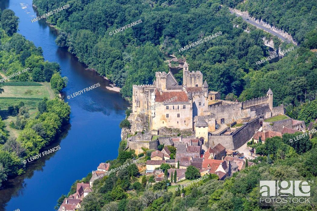 Stock Photo: France, Dordogne, Beynac et Cazenac, labelled Les Plus Beaux Villages de France (The Most Beautiful Villages of France), the castle and the village on la.