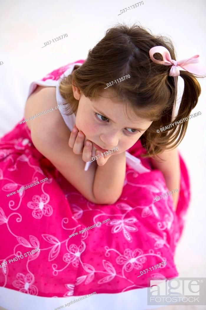Imagen: Little girl, upset.