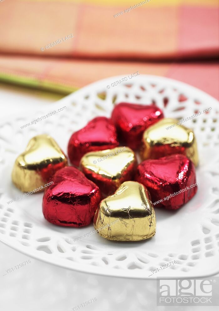 Stock Photo: CHOCOLATE HEART FOR SAINT VALENTINE'S DAY.