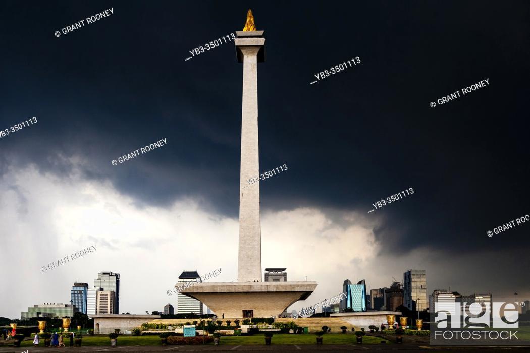 Stock Photo: The National Monument, Merdeka Square, Jakarta, Indonesia.
